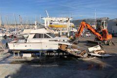 Sclavo ist an der Dekontamination und Demontage von Freizeitbooten beteiligt
