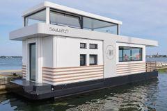 La Sellor kauft ein Sealoft, schwimmendes Haus