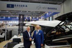 Bavaria Yachts übernimmt Greenline Neo-Außenborder