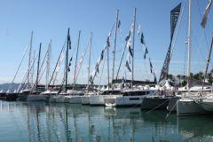 Mehrrumpfboote in Port Canto beim Segelsportfestival von Cannes 2019